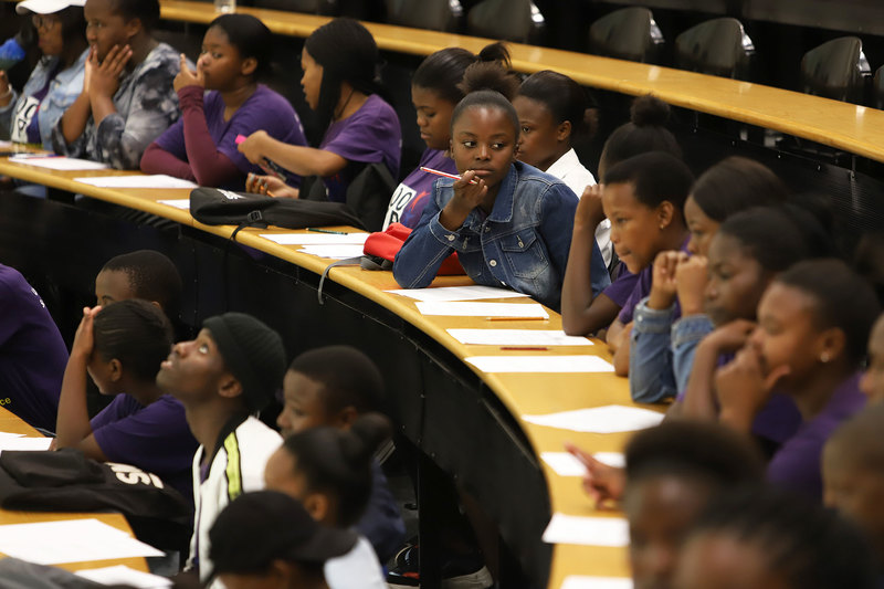 Grade 12 learners from Khayelitsha and Mitchells Plain attended the 100-UP Summer School at UCT on Saturday, 15 February – three mini lectures on cool science.