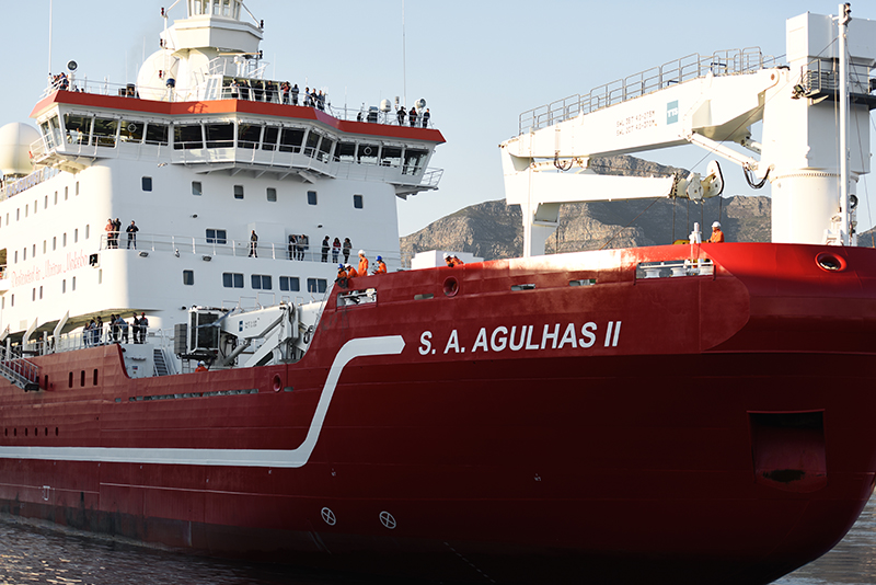 SEAmester 2017 invited 48 marine science students from 14 different institutes across South Africa to board the SA Agulhas II for 12 days at sea. The programme included a number of UCT students.