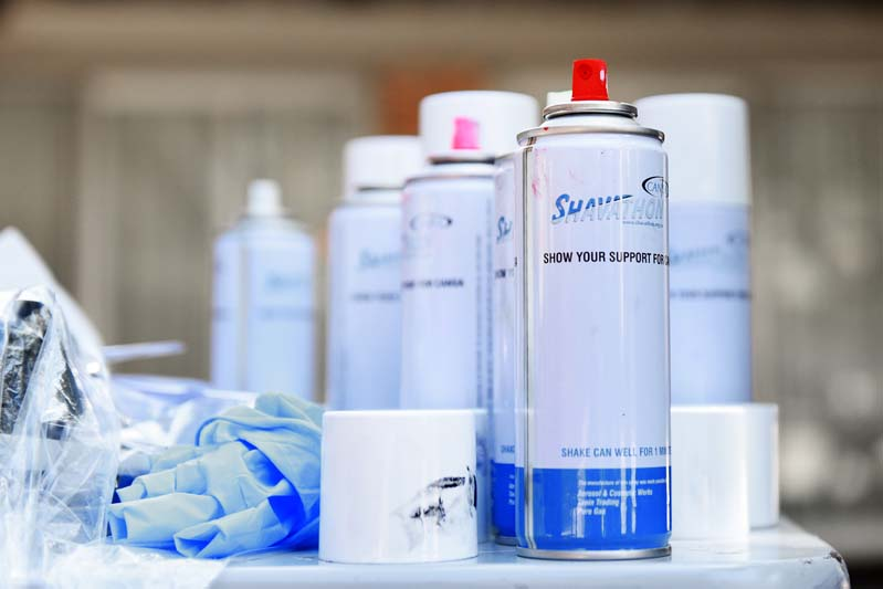 CANSA provided specially branded Shavathon spray cans in different colours for volunteers.