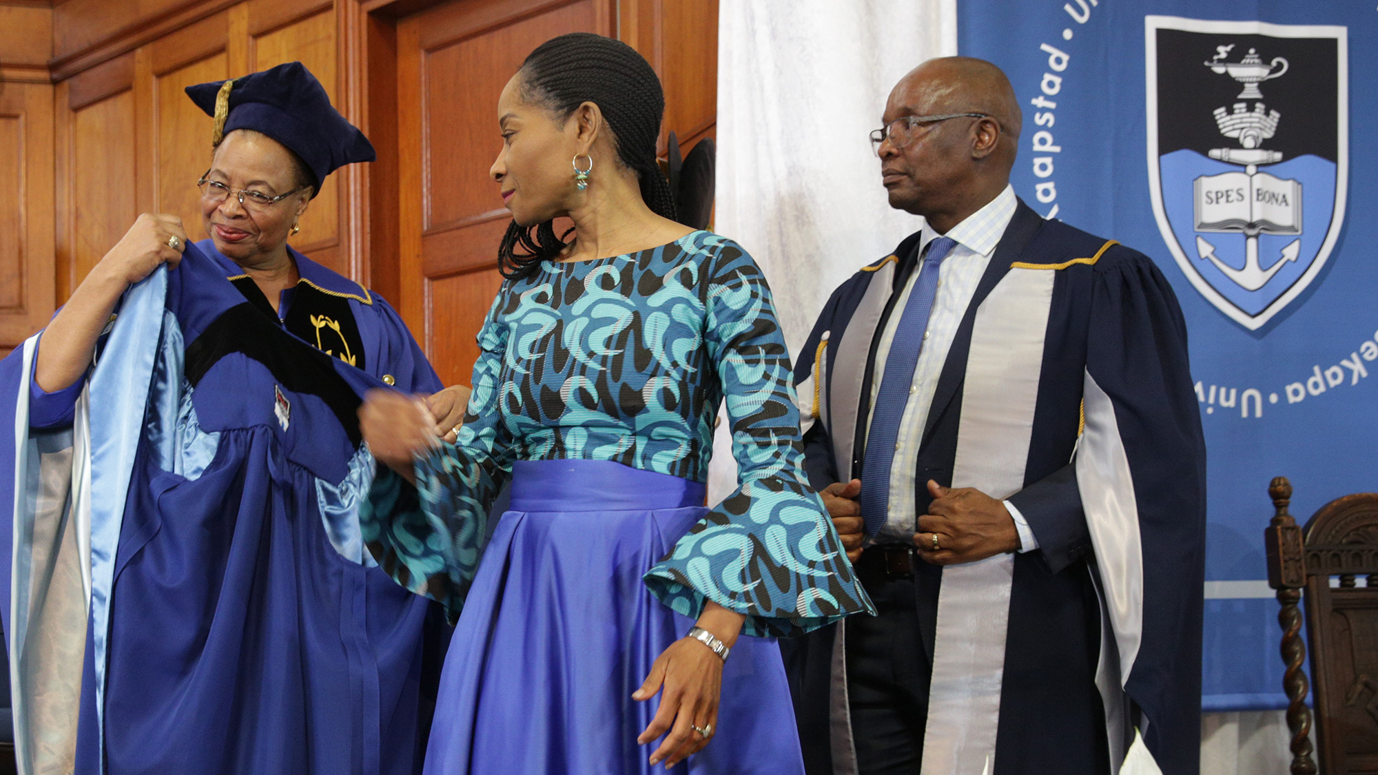 Bing Contact Us >> UCT Vice-Chancellor's robing ceremony at a special