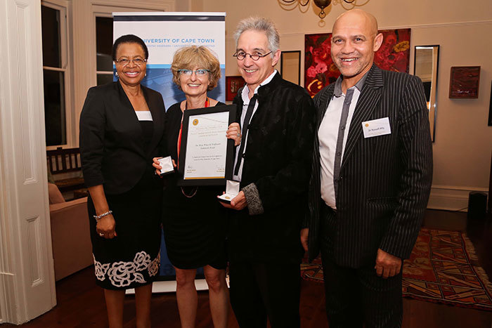 UCT Chancellor Graça Machel (far left) and Dr Russell Ally, executive director of UCT's Development and Alumni Department (far right) with Prof Deborah Posel and Vice-Chancellor Dr Max Price – both of them proudly showing their Chancellor's Circle pins and certificate in recognition of philanthropic giving to UCT.