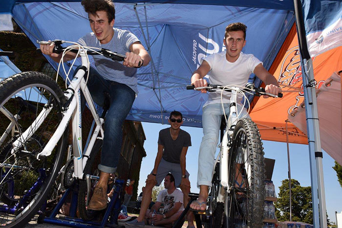 Greg Vogal and Jonathan Smith participated in the UCT 1km Cape Epic Challenge on Jammie Plaza.