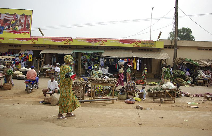"Ouando Market in Porto Novo, Benin. (Photo by Babylas, accessed via <a href=""https://commons.wikimedia.org/wiki/File:Marche_ouando_porto-novo.jpg"" target=""_blank"">Wikimedia Commons.</a>)"