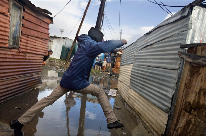Flooding is one of the many social and environmental needs that residents in informal settlements have to deal with. These are the kinds of problems that the SABF Seed Fund project hopes to find solutions for.