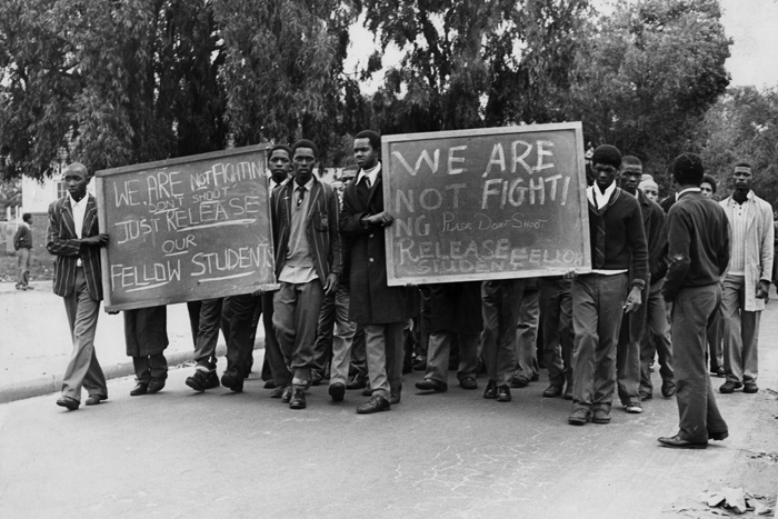 Students appeal for the release of their fellow students who were arrested in Cape Town in the wake of 16 June 1976. Photo Independent Newspapers.