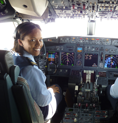 Tamara Thomas in the cockpit of one of her favourite planes, the Boeing 737-700.