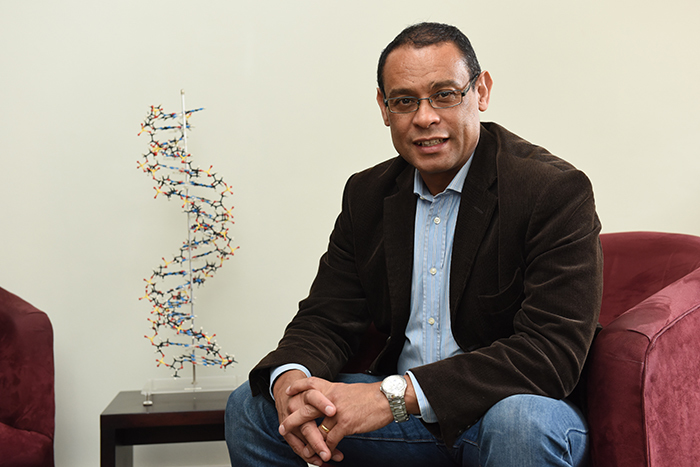 Professor Kevin Naidoo is using computational chemistry to aid the early identification of cancer types.