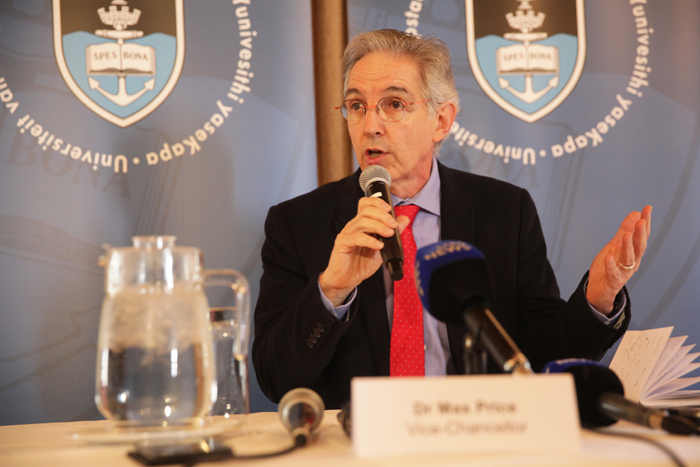 UCT Vice-Chancellor Dr Max Price addressed the press on 28 September 2016 about the implications of not finishing the 2016 academic year.
