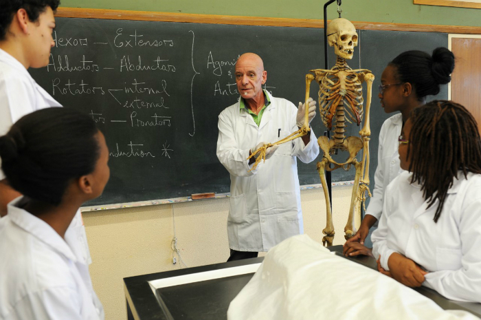 Anatomy lecturer Prof Graham Louw, who oversees the dissection programme as well as the student-driven annual ceremony to honour those who donate their bodies to the Faculty of Health Sciences. <b>Photo</b> Michael Hammond.
