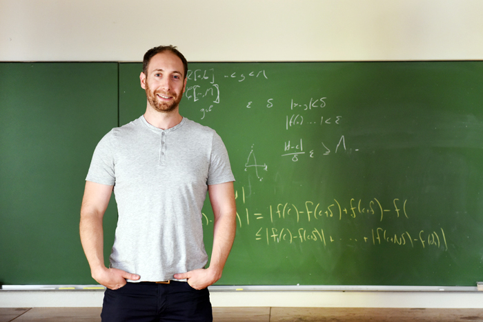 ​​​​​​​Dr Jonathan Shock aims to remove the notoriety from one of UCT's most feared courses: MAM1001W, the dreaded whole-year maths course for first-years students.