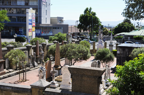 Footprint of the dead: The city is fast running out of space for cemeteries, cremation is environmentally hazardous, and more innovation is needed for ecologically and culturally acceptable death care and memorialisation, says PhD candidate Lucienne Kelfkens.