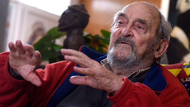 The late struggle icon Denis Goldberg graduated from UCT in 1955 with a BSc in civil engineering. In 2019 the university was pleased to bestow a DScEng (honoris causa) on him.