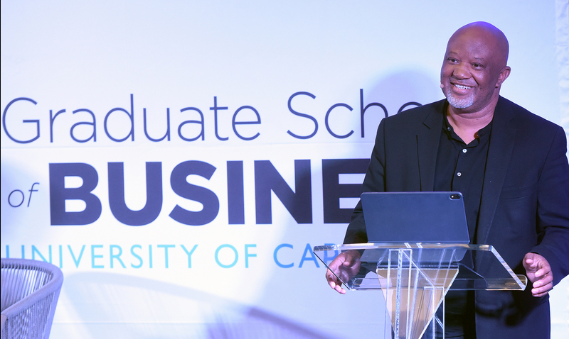 Speaking at the GSB, former deputy finance minister Mcebisi Jonas says there is hope for South Africa.