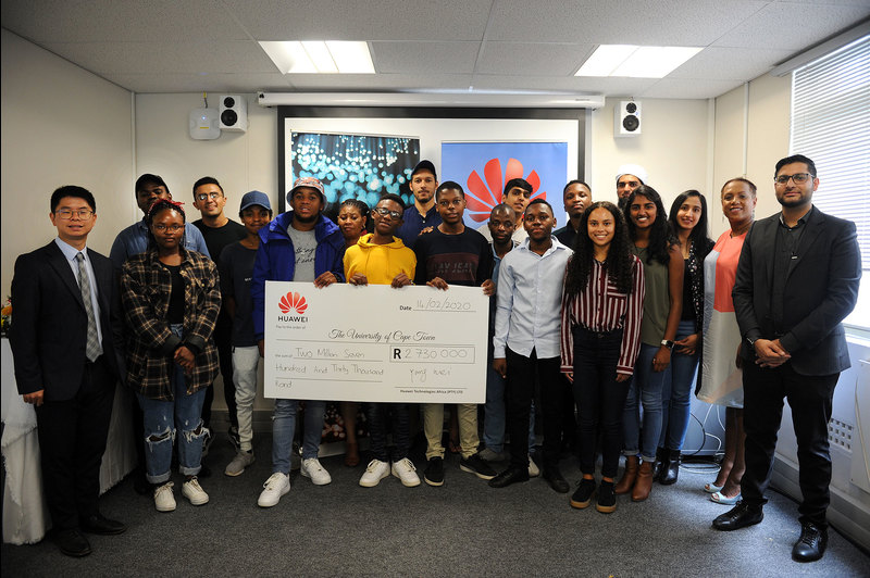 Huawei South Africa awarded bursaries to 15 UCT students as part of the firm's external bursary programme.