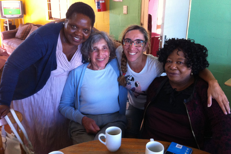Women at work: Maria Rosa Lorini (second from right) with (from left) Nontembiso Mevana, Lucia Salvoldi (Lorini's mother) and Nomfundo Pilisani. <b>Photo</b> Claudio Farinelli.