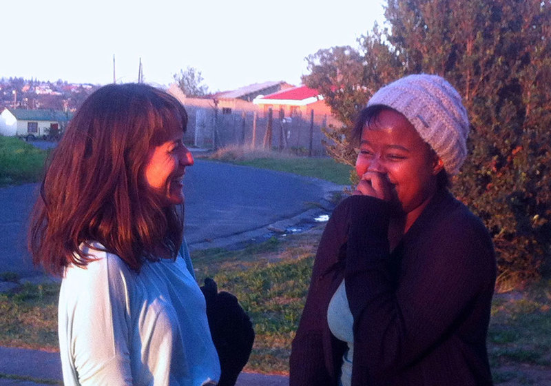 Dr Rebecca Hodes, winner of the 2019 Social Responsiveness Award, with Mzantsi Wakho qualitative researcher Mildred Thabeng in Mdantsane, 2014.