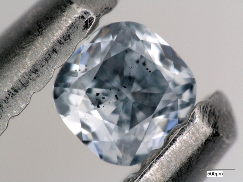 One of the blue diamonds with mineral inclusions that was examined as part of this research, which investigated the origin of these gems.