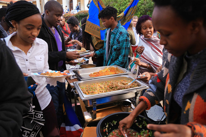 With the help of the SRC, Jammie Plaza was turned into a marketplace filled with the tastes, sounds and fabrics of Africa on 12 May.