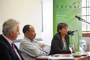 from left) vice-chancellor Dr Max Price, deputy vice-chancellor Prof Thandabantu Nhlapo, and Piyushi Kotecha, SARUA CEO