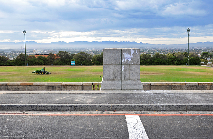 An empty plinth. The staircase landing above the rugby fields devoid of people, and for the first time since its relocation from below the rugby fields in 1962, devoid of the statue of Cecil John Rhodes. Photo by Michael Hammond.