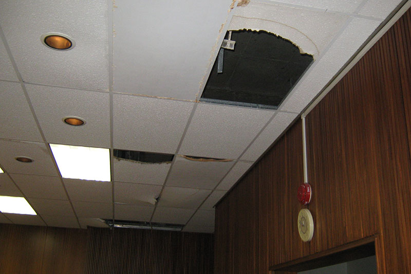 Ceilings and lights were sometimes in poor condition too.