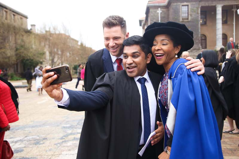 UCT Vice-Chancellor designate Professor Mamokgethi Phakeng took time out to pose with graduands.