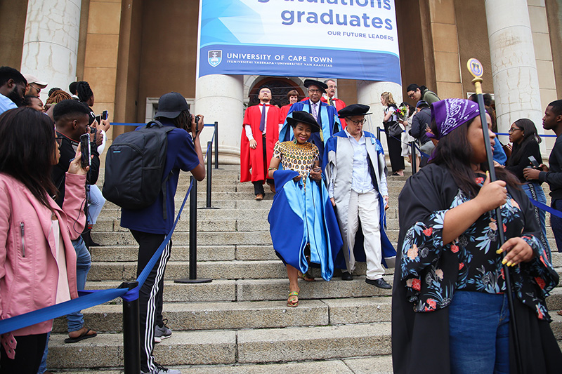 VC Prof Mamokgethi Phakeng and DVC for Teaching and Learning Assoc Prof Lis Lange lead the procession out of Sarah Baartman Hall
