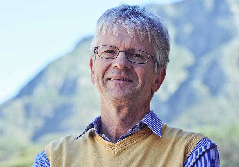 Prof Harald Winkler
